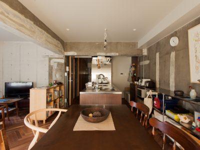 「EcoDeco」のマンションリノベーション事例「経年変化が「味」になる。ジーンズのように育てる住まい」