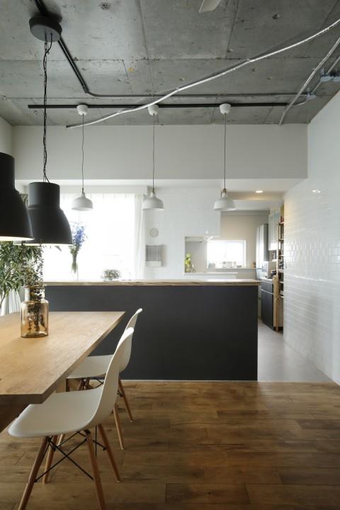 M・DESIGN キッチン タイル壁 無垢フローリング、リノベーション、ナチュラル、DIY、キッチンカウンター
