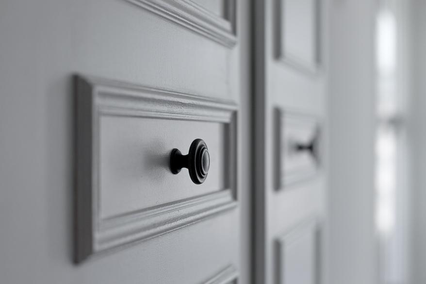 リノベ―ション、グラデン、モールディング、オリジナルドア、アンティーク調、ホテル風