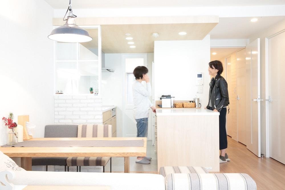 """「リノベーション体験談」の「家が整ったら""""暮らし上手""""になりました。〜リノベのその後「住んでみてどうですか?」」"""