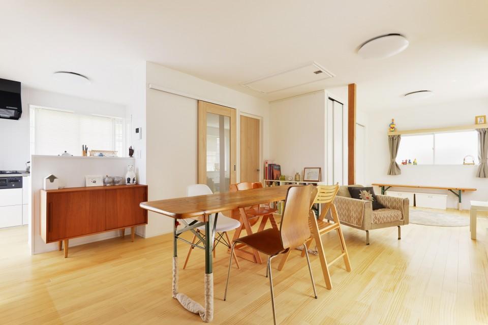 夢工房、無垢材、ウッドワン、白、ビニールクロス、戸建てリノベーション