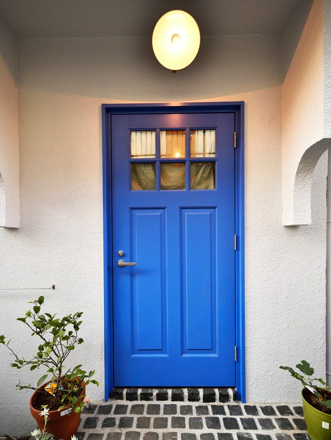 ブルー、玄関ドア、玄関ポーチ、DIY、戸建て、リノベーション