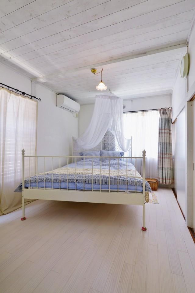 夢工房、リノベーション、ベッドルーム、寝室、天涯付きベッド、