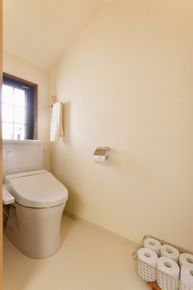 戸建て、リノベーション、自然素材、トイレ
