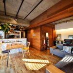 「スタイル工房」の「無垢やアイアンの素材感が生きる、魅惑のヴィンテージ空間!」
