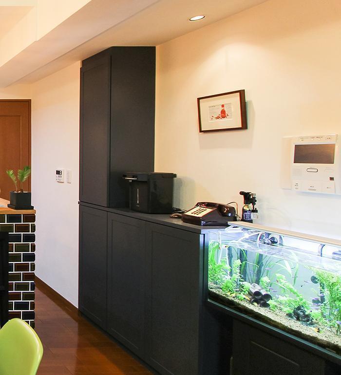 リノベーション、住工房、部分リノベ、キッチンリノベ、リビング収納、熱帯魚