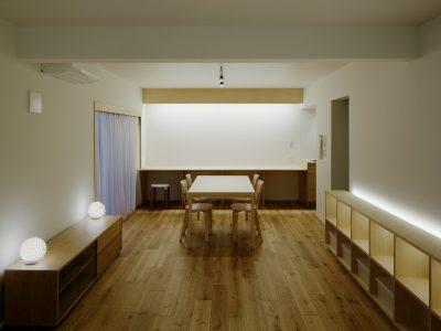 「青木律典 | 株式会社デザインライフ設計室」のマンションリノベーション事例「ひるのひかり、よるのあかり」