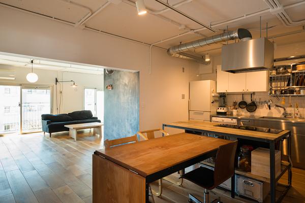 団地リノベ、トラスト、リノベーション、アイランドキッチン、造作キッチン、対面式キッチン