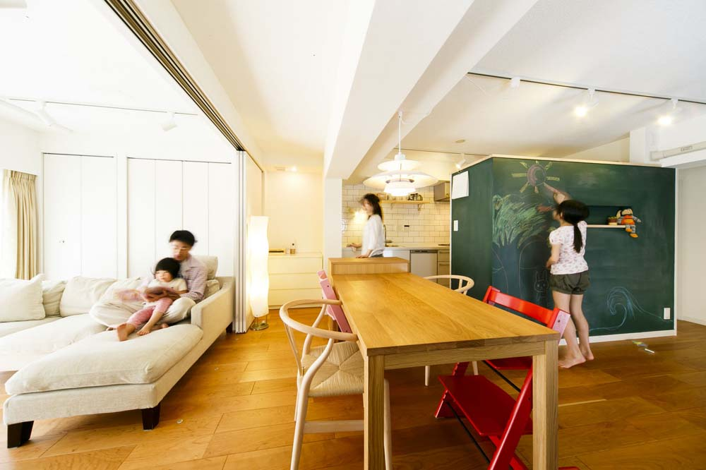 リノベーション、DIY、黒板壁、子育てリノベ、インテリックス、予算内
