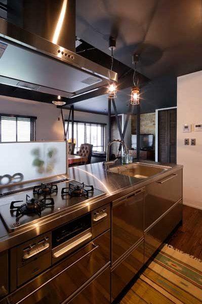 戸建リノベ、ロハススタジオ、アイランドキッチン、対面キッチン、ステンレスキッチン、ヴィンテージテイスト