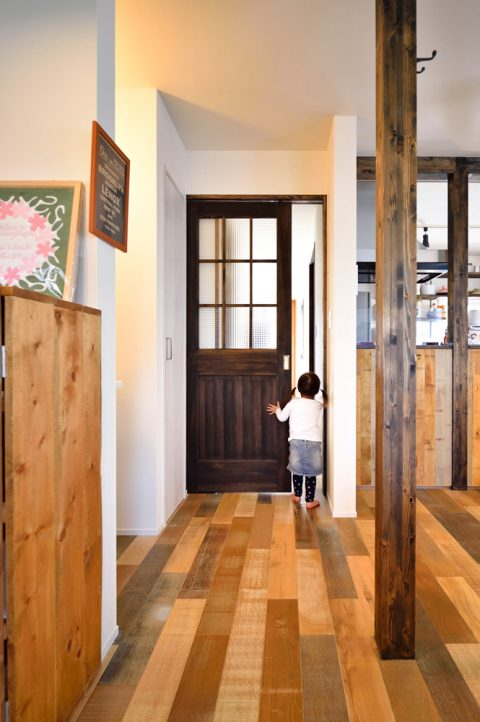 LDK、ドア、廊下、建具、引き戸、上吊り式、スタイル工房