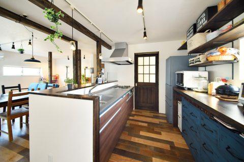 キッチン、リビング、対面、戸建てリノベーション、回遊、動線