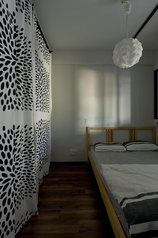 リノベーション、グラデン、寝室、ベッドルーム、無垢フローリング