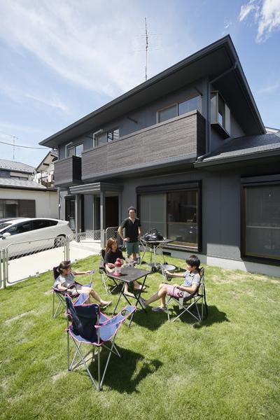 戸建リノベ、ロハススタジオ、バーベキュー、アウトドア、庭付き戸建、フェンス