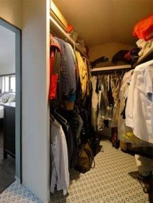 戸建リノベ、ロハススタジオ、寝室、ベッドルーム、ウォークインクローゼット、衣類収納