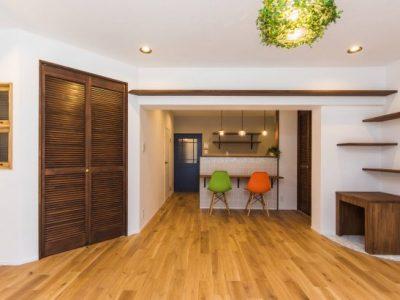 「リノベの一歩(株式会社 一歩)」のマンションリノベーション事例「猫との暮らしを楽しむ 天然無垢材でつくられたカフェスタイルの家」