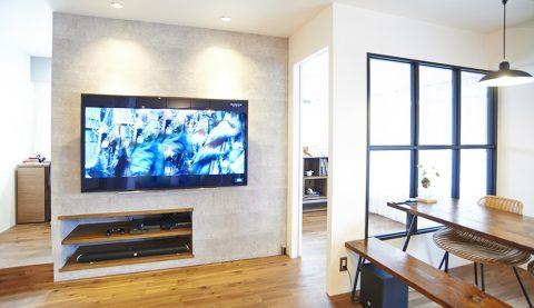 リノベーション、リノまま、壁付けテレビ、配線を隠す、室内窓、造作収納、アクセントウォール