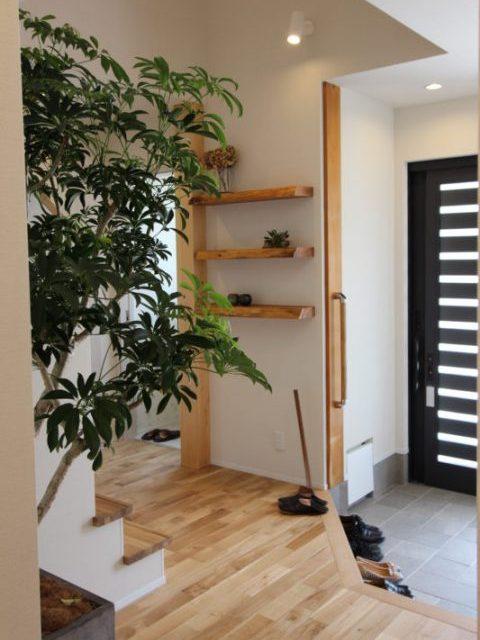 リノベーション、戸建リノベーション、実家リノベーション、住工房株式会社、クローク、玄関、飾り棚