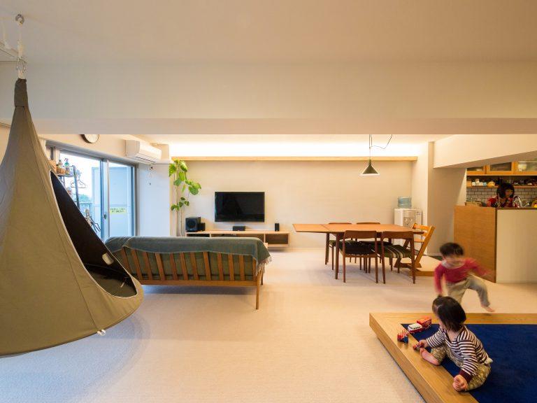 リノベーション、エキップ、子育て、小上がり、キッズスペース、シラス壁、壁掛けテレビ
