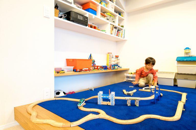 リノベーション、エキップ、子育て、子供部屋、小上がり、キッズスペース、カーペット、