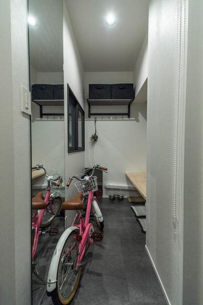 ハウズライフ、howzlife、マンション、リノベーション、玄関土間、玄関収納、ベンチ