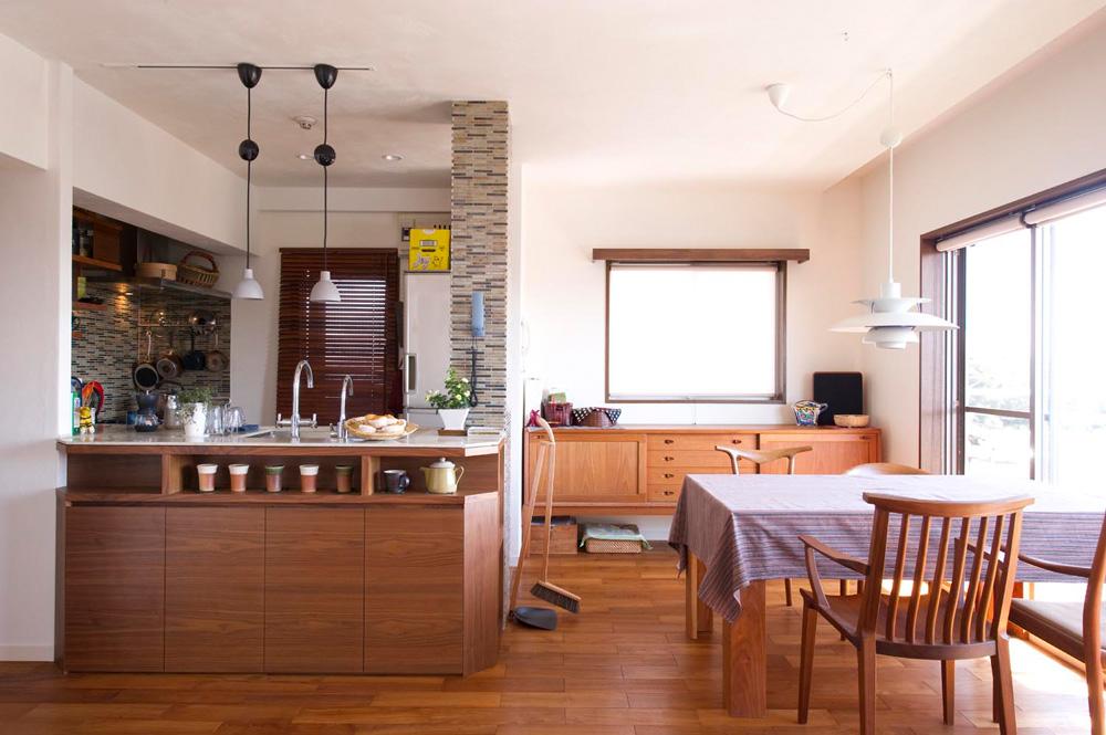 「スタイル工房」のリノベーション事例「遊び心満載のデザインキッチンやシアターリビングで理想の家に」