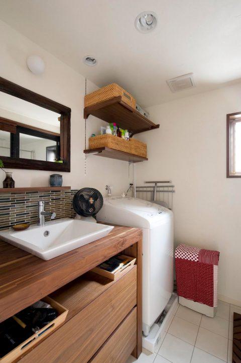 リノベ―ション、スタイル工房、珪藻土、タイル張り、タイル床、造作洗面台、自然素材、水まわり