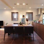 「住工房株式会社」の「これからの暮らしが楽しくなる、大人リゾートを堪能する家」