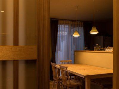 「株式会社駿河屋」の戸建リノベーション事例「やわらかな光が美しく、自然素材が織りなす心地よさが広がる戸建てリノベーション」