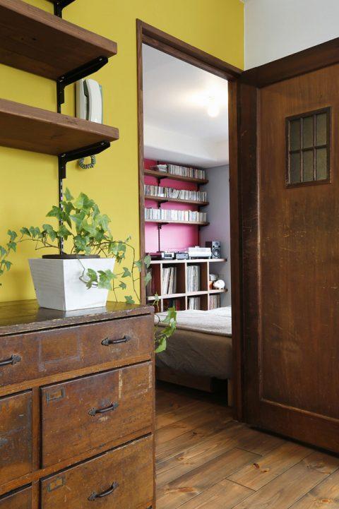 リノベーション、スタイル工房、建具、アンティーク、書斎、寝室、アクセントウォール、アクセントクロス