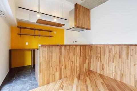 マンションリノベーション、リノベ不動産、アクセントウォール、飾り棚、フォーカルポイント、オープン収納