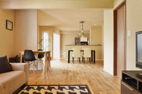 戸建リノベーション、夢工房、珪藻土、オーク床、対面キッチン、自然素材