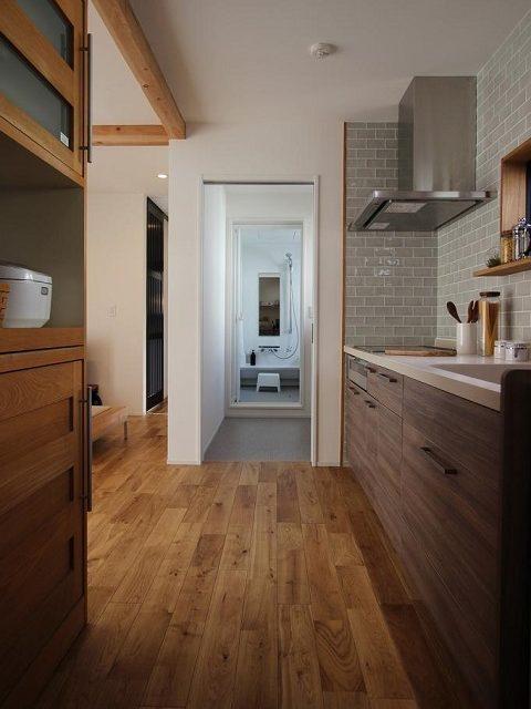 戸建てリノベーション、住工房、家事ラク、オーク無垢材、木目キッチン