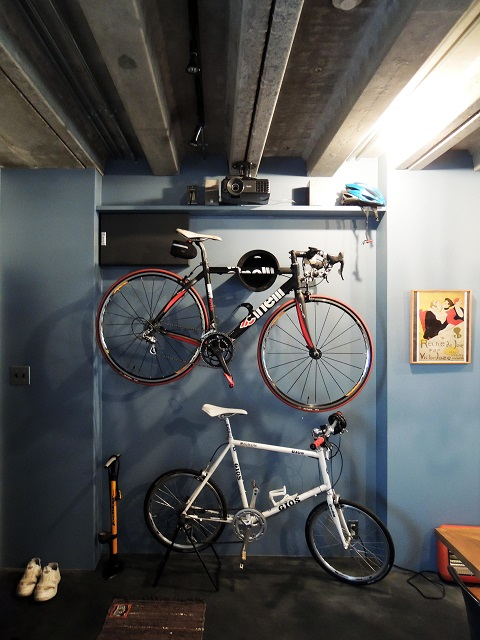 マンションリノベーション、錬、アクセントウォール、自転車収納、玄関土間