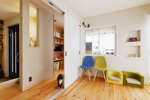 戸建てリノベーション、夢工房、室内窓、猫、間仕切り引き戸