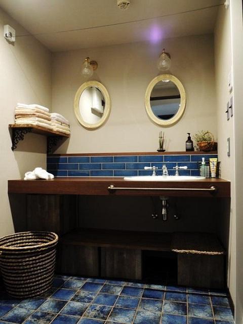 マンションリノベーション、株式会社錬、アンティーク鏡、ブルー洗面、アンティーク洗面