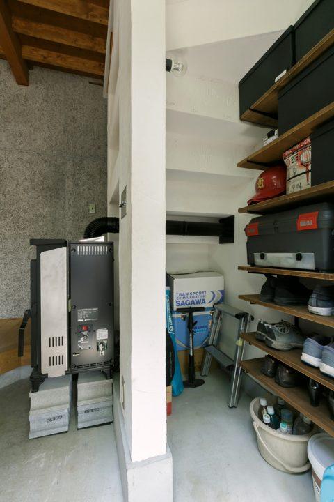 戸建てリノベ、スタイル工房、リノベーション、レペットストーブ、広い土間、玄関土間、玄関収納