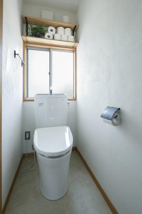 戸建てリノベ、スタイル工房、リノベーション、トイレ、TOTO、サニタリー収納、
