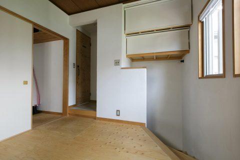 戸建てリノベ、スタイル工房、リノベーション、子供部屋、階段上、収納、ロールスクリーン、目隠し、構造用合板