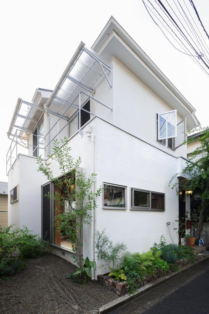 戸建てリノベ、スタイル工房、リノベーション、植栽、ガーデニング、外壁工事、新築みたい