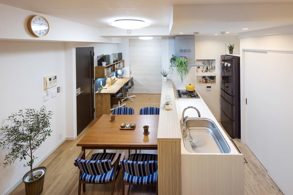 マンションリノベーション、たすかけ、スタディスペース、リビング勉強、オープンキッチン