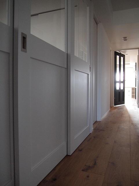 マンションリノベーション、錬、引き戸、採光タイプドア、框付きドア