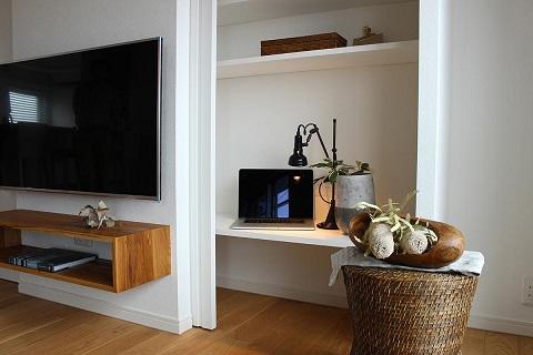 マンションリノベーション、住工房、隠し収納、テレビ裏収納、引き戸収納