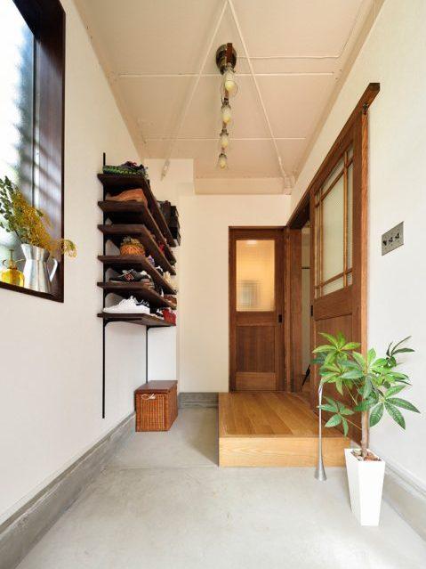 戸建リノベ、スタイル工房、三和土、玄関、可動式靴入れ、ベビーカーが置ける、玄関土間