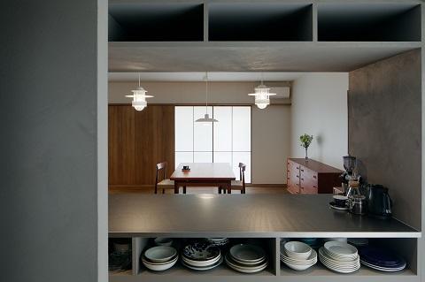 団地、リノベーション、デザインライフ設計室、キッチン、オープン、収納、間仕切り、キッチングレー