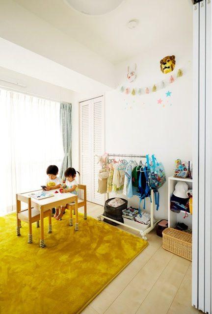 インテリックス、リノベーション、子ども部屋、キッズスペース、ルーバー扉、IKEA、子ども用テーブル
