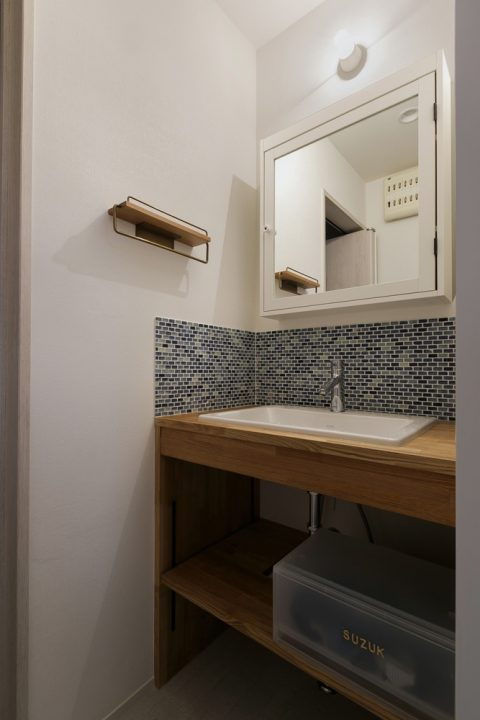 スタイル工房、戸建リノベ、洗面台、脱衣所、タイル壁