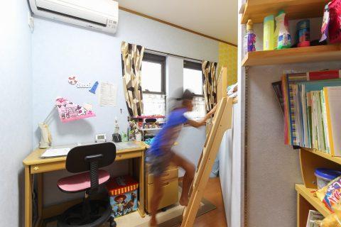 戸建てリノベーション、住工房株式会社、2段ベッド間仕切り、子ども部屋ベッド、子ども部屋収納