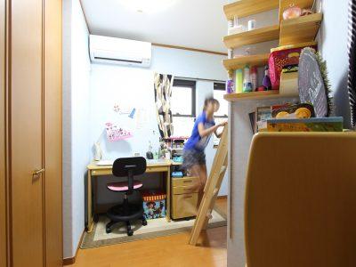 「住工房株式会社」のリノベーション事例「2段ベッドの間仕切りで立体的に分割!子ども部屋リノベーション」