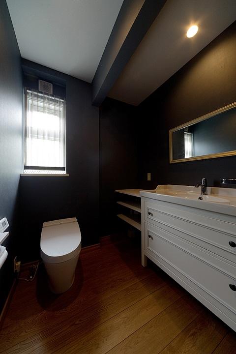 戸建てリノベーション、グラデン、おしゃれトイレ、手洗い付きトイレ、ゆったりトイレ